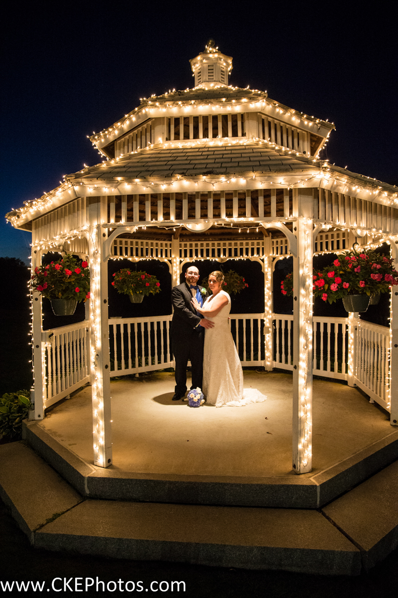 Kristen and Chris Kraus shine from the dazzling lights around them!