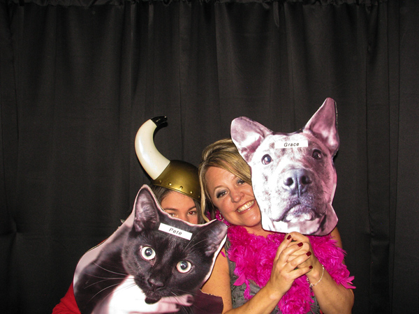pet-photo-props-for-photo-booth