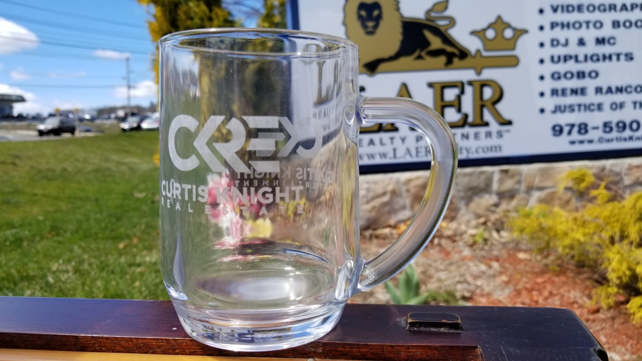 Curtis Knight Real Estate LAER Realty 20 Ounce Mug